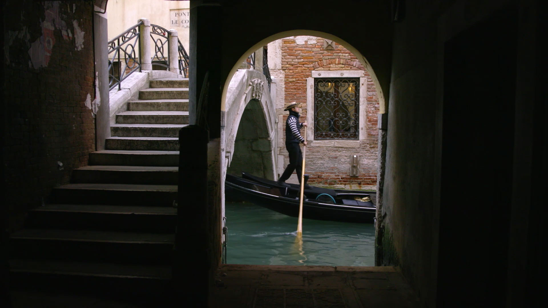 Canaletto and the Art of Venice: Scene Image 3